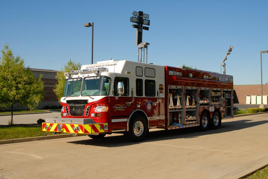 Zionsville In Fd Heavy Rescue Svi Trucks